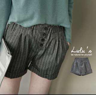 轉賣 lulus lulu's 直條紋 短褲 文青風 休閒短褲 彈性 鬆緊 後口袋