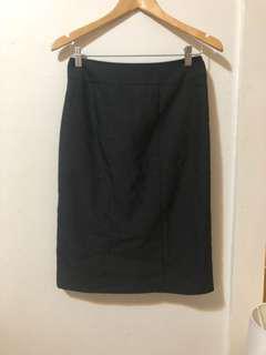 BASQUE | Dark grey pencil skirt