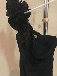 Blach dress