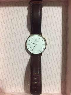 Daniel Wellington 錶(不連帶)