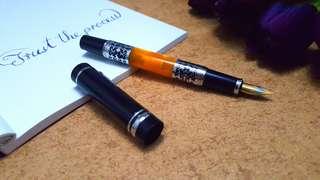 橙色亞克力雕花鋼筆