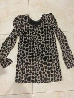 Baju motif leopard