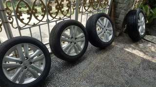 Honda Jazz RS OEM Wheels with Germany Tires