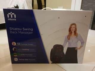 Shiatsu swing back massager