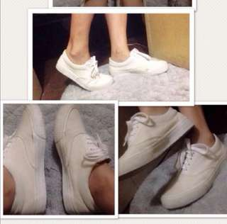 Evans white shoes