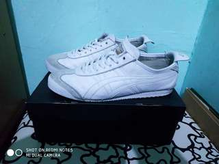 Onitsuka Tiger Triple White