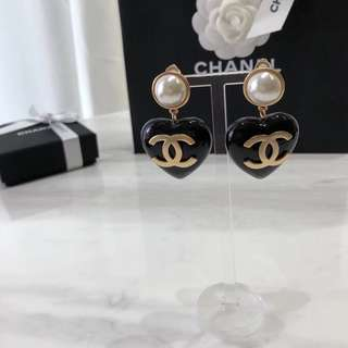 Vintage chanel Cambon heart clip-on earrings 耳夾 耳環 復古