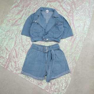 兩件式套裝短版牛仔外套+附皮帶牛仔短褲