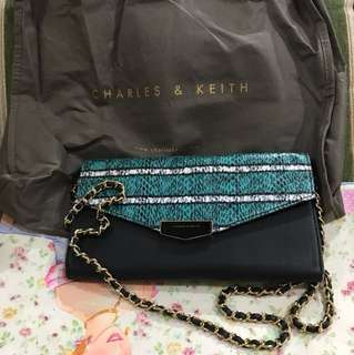 Clutch Charles and Keith Original