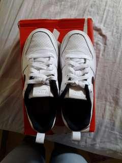 Original Nike Court Borough Low