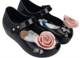 MINI MELISSA Beauty and the beast us 7