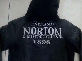 Hoddie norton