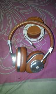 Headphone Master & dynamic mh40