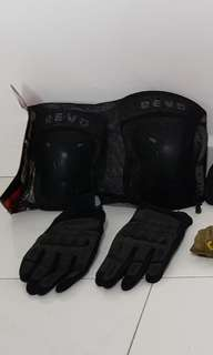 Rider safety kit- Spyder Gloves & Revo Elbow and knee pads