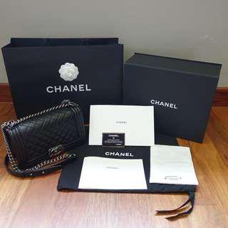 BNIB Chanel Boy Old Medium bdbc270700101