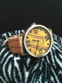 Unisex Wood Grain Leather Watch