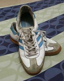 Sepatu adidas breckenbeuer size 43