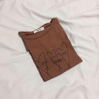 韓妞 字母愛心印花T恤