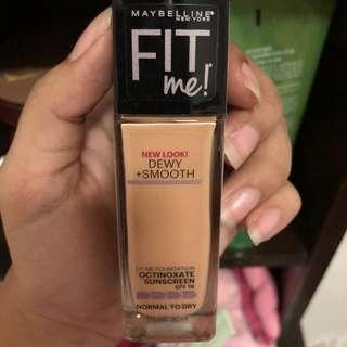130 Maybelline Fit Me! Dewy+Smooth Foundation Buff Beige