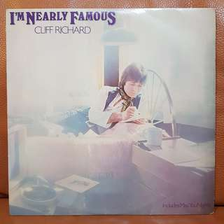 Cliff Richard- I'm Nearly Famous vinyl 3