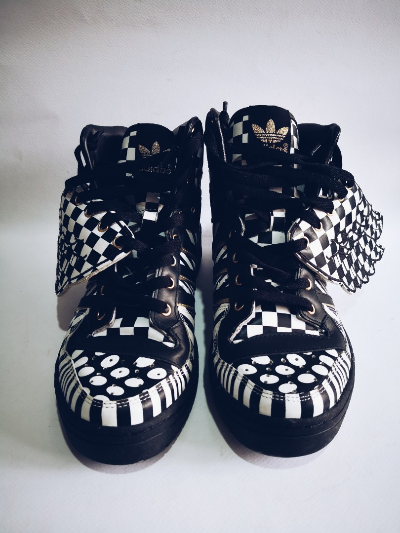 superior quality 0b2ae 80188 Adidas Originals Jeremy Scott Sneakers, Men s Fashion, Footwear ...