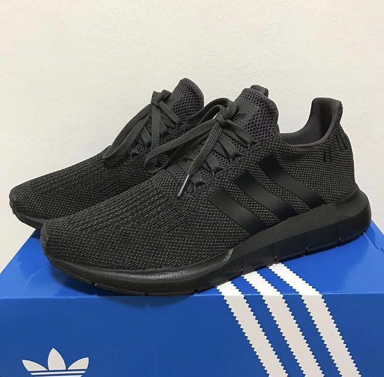 cc7e15d9185 Adidas Originals Swift Run US 9.5 / UK 9