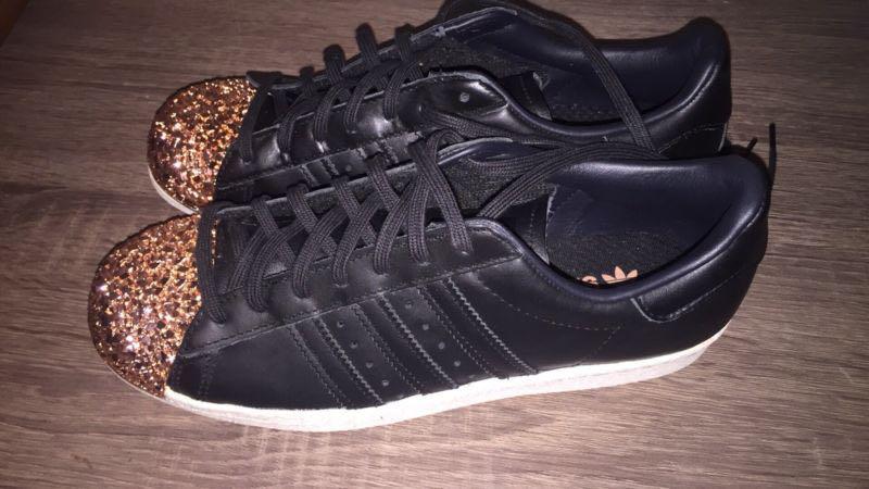 Adidas superstar metal toe black/rose