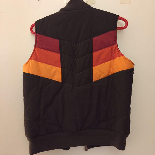 Adidas vest size medium
