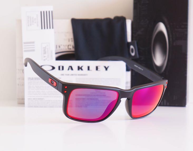 Authentic Oakley Holbrook MATTE BLACK POSITIVE RED IRIDIUM 49df56d341