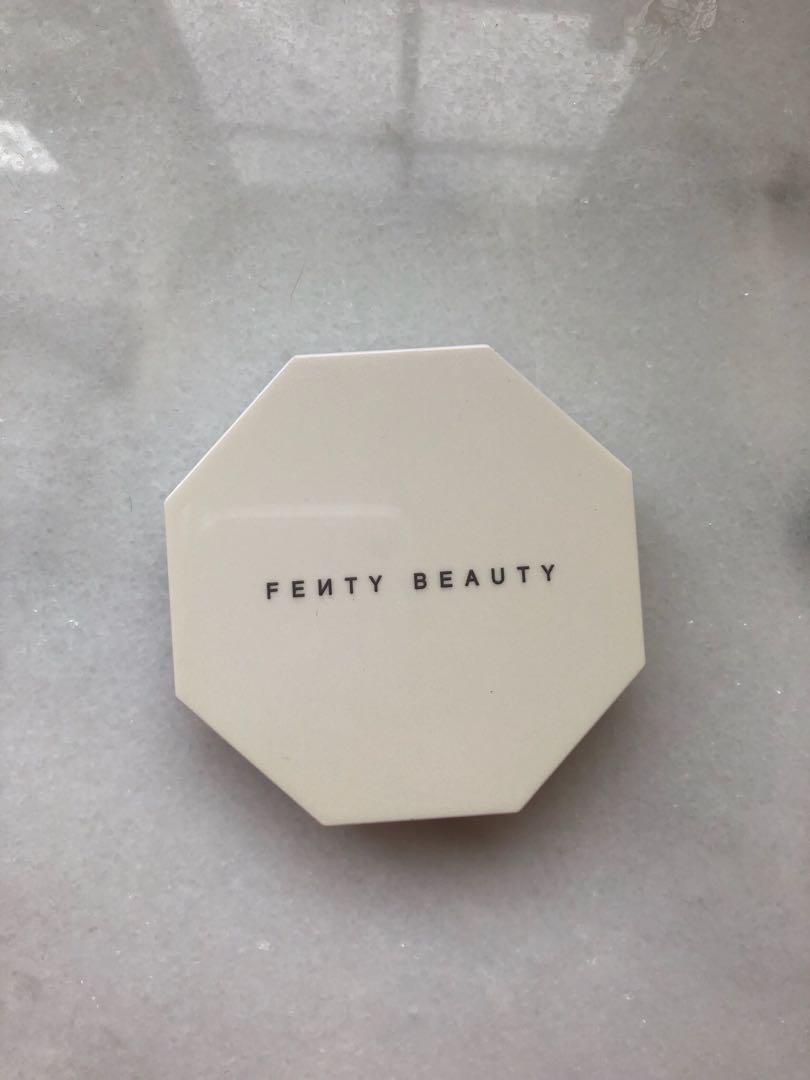 Fenty beauty killawatt highlighter in Trophy Wife