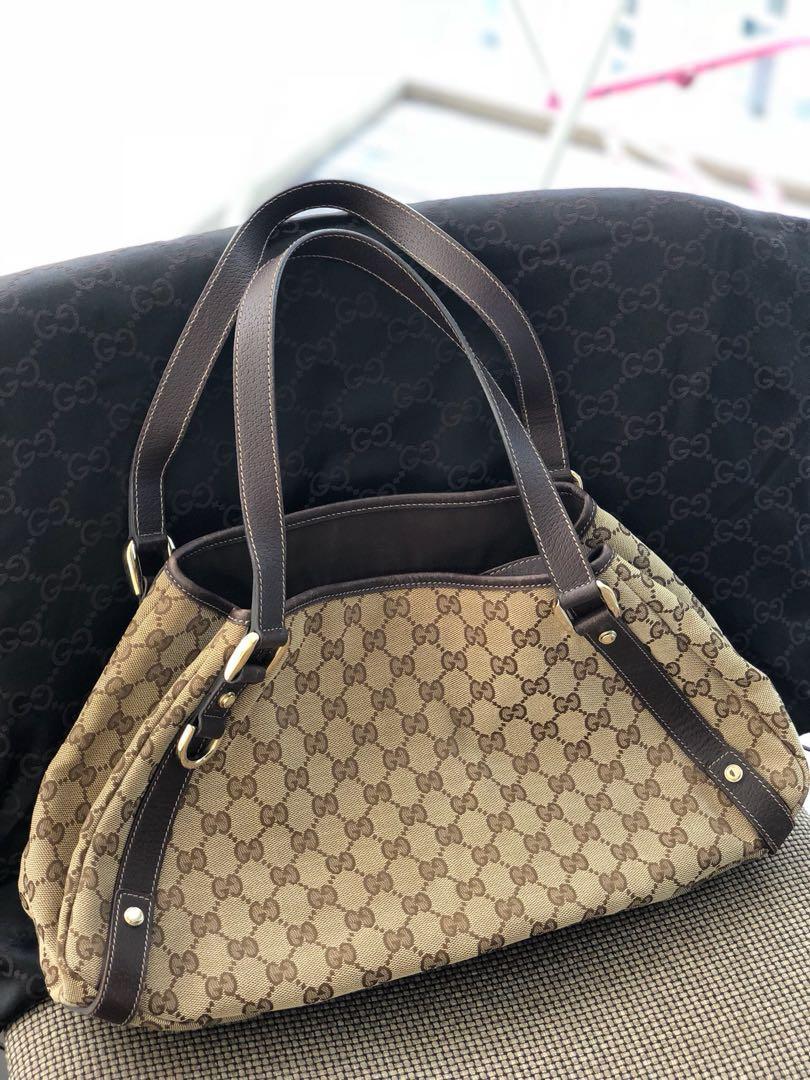 68b24b00b4a Gucci handbag - great condition