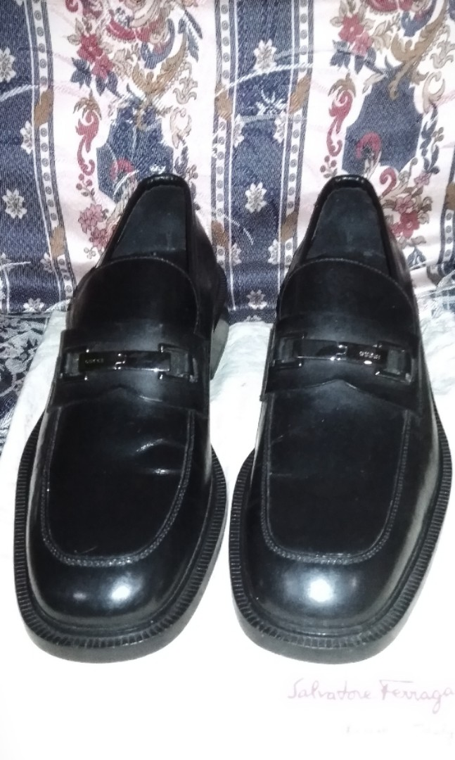 db43ed0a4 Gucci Italy Loafer 110 1477 Slip On Shoe Horsebit Black Silver Leather Men,  Men's Fashion, Footwear, Formal Shoes on Carousell