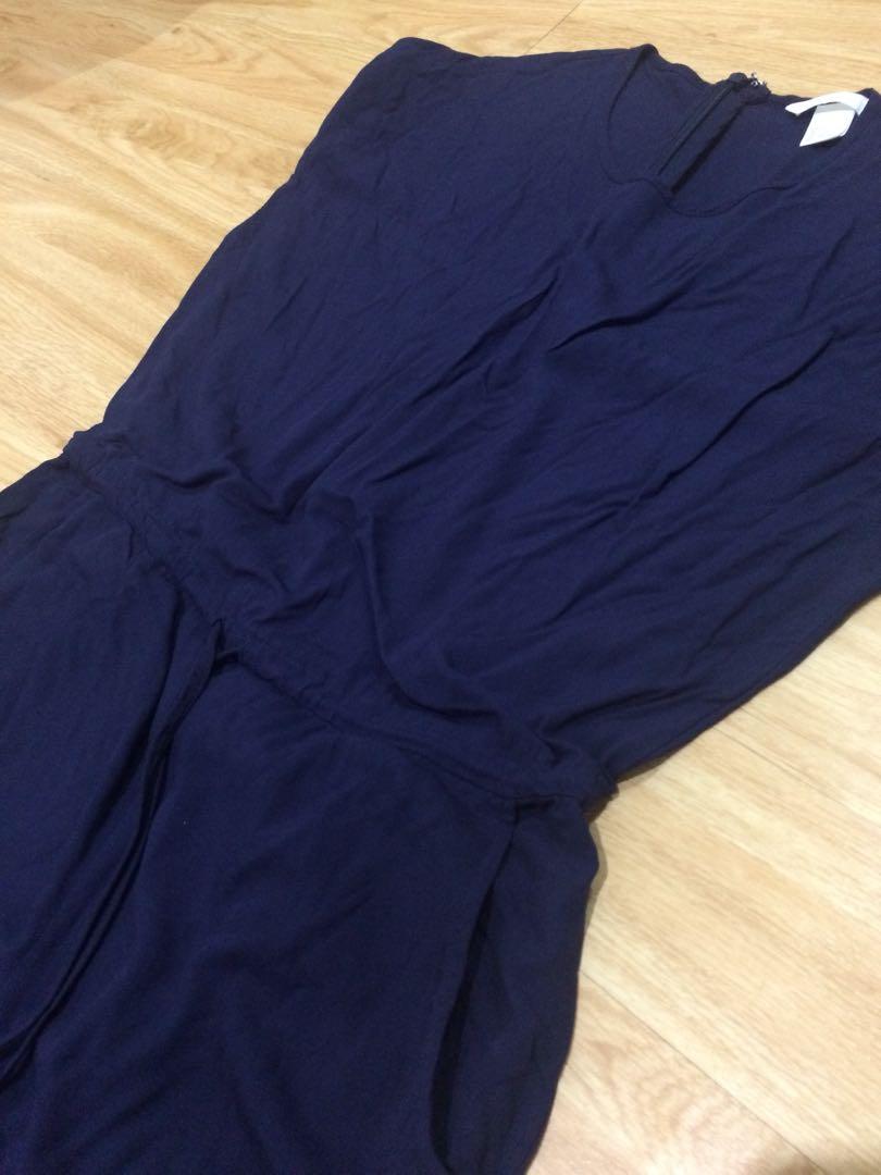 36e72f76bae H M dark blue jumpsuit