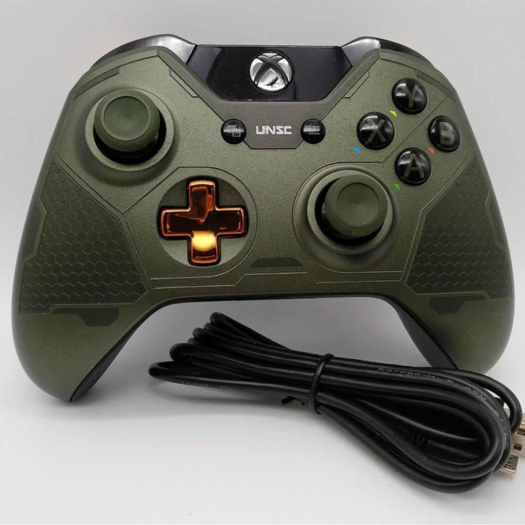 Limited Edition Halo 5 Guardians Master Chief Xbox One