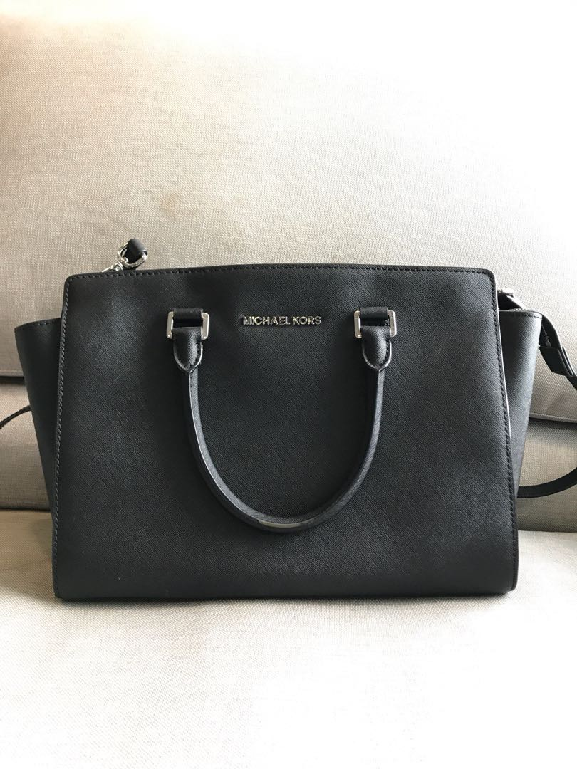 643d191a476b Michael Kors Selma Bag in Black, Women's Fashion, Bags & Wallets ...