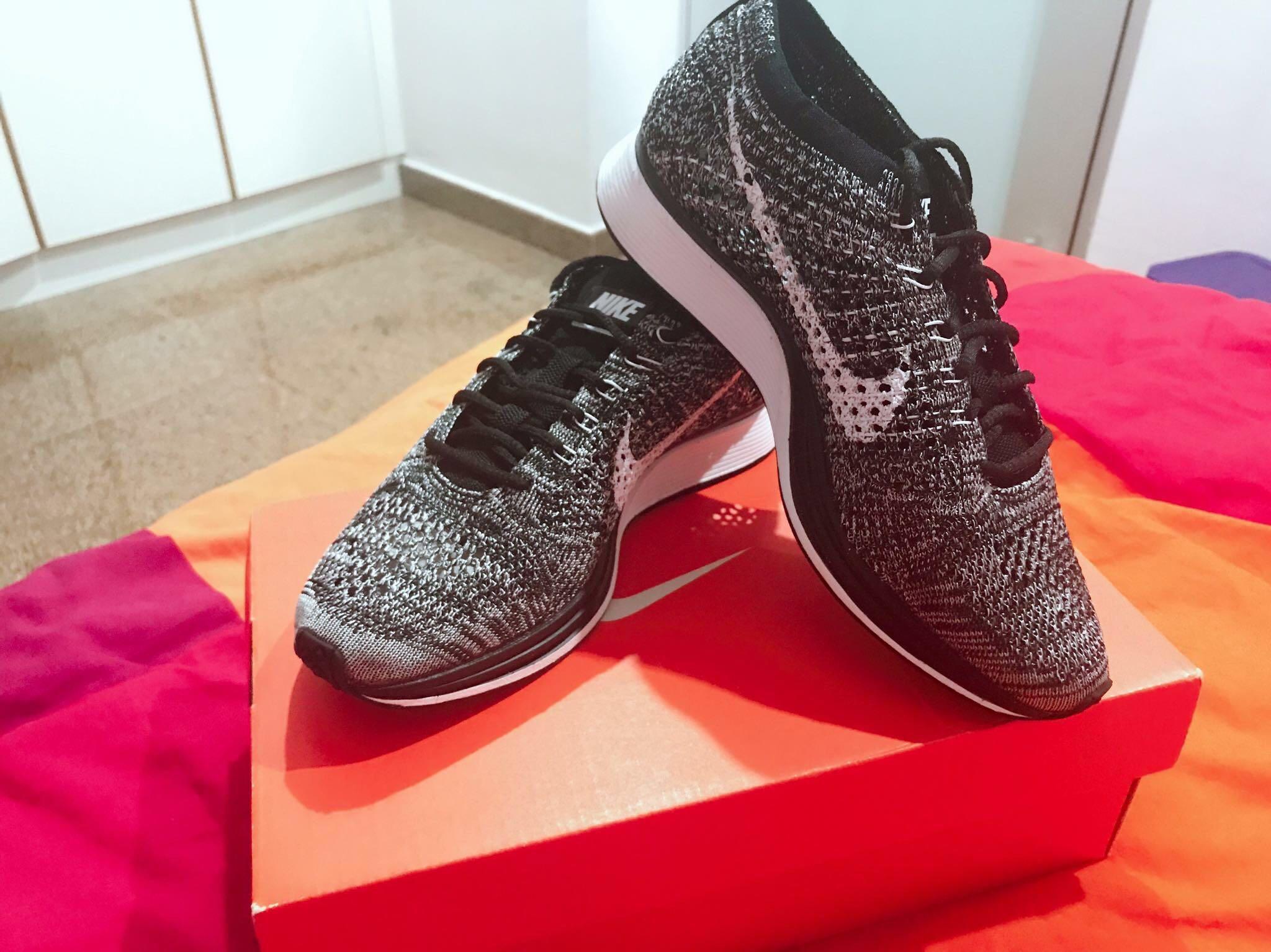 6e12056c4748 Nike Flyknit Racer Oreo 2.0 (Women)