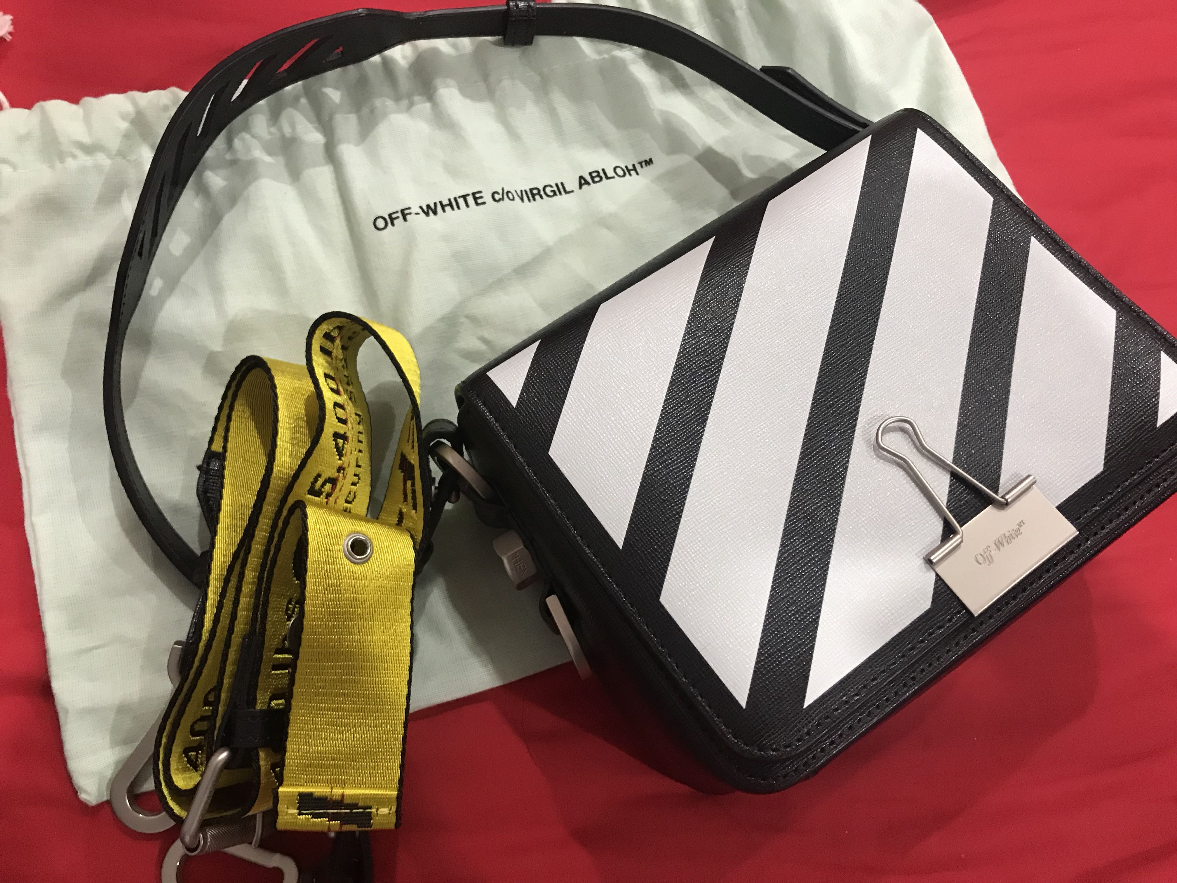 aa851988b39c OFF WHITE Black Leather Black Diagonal Binder Clip Shoulder Bag ...