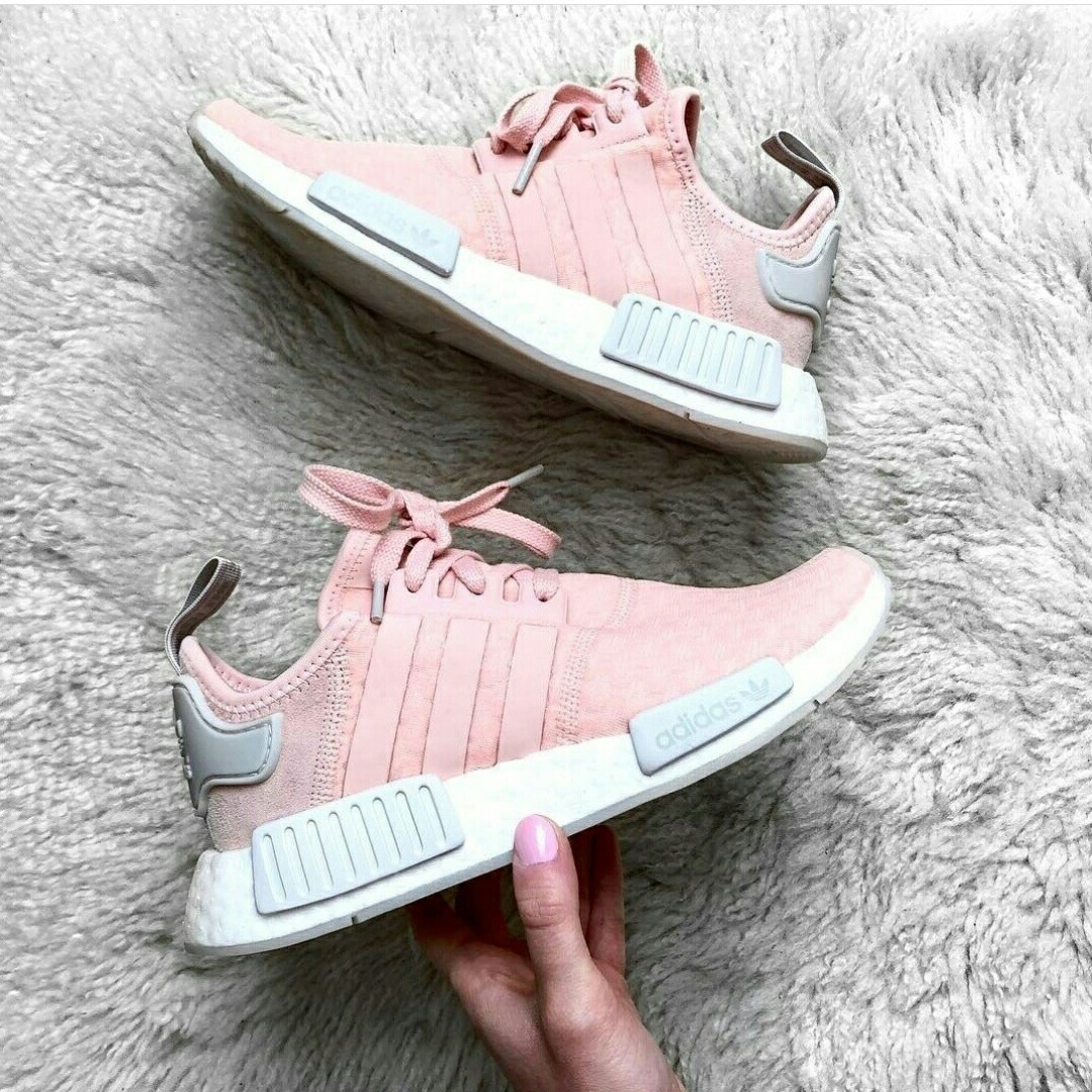 PO) Exclusive Adidas Womens NMD R1 Light baby Pink 409e1a5279