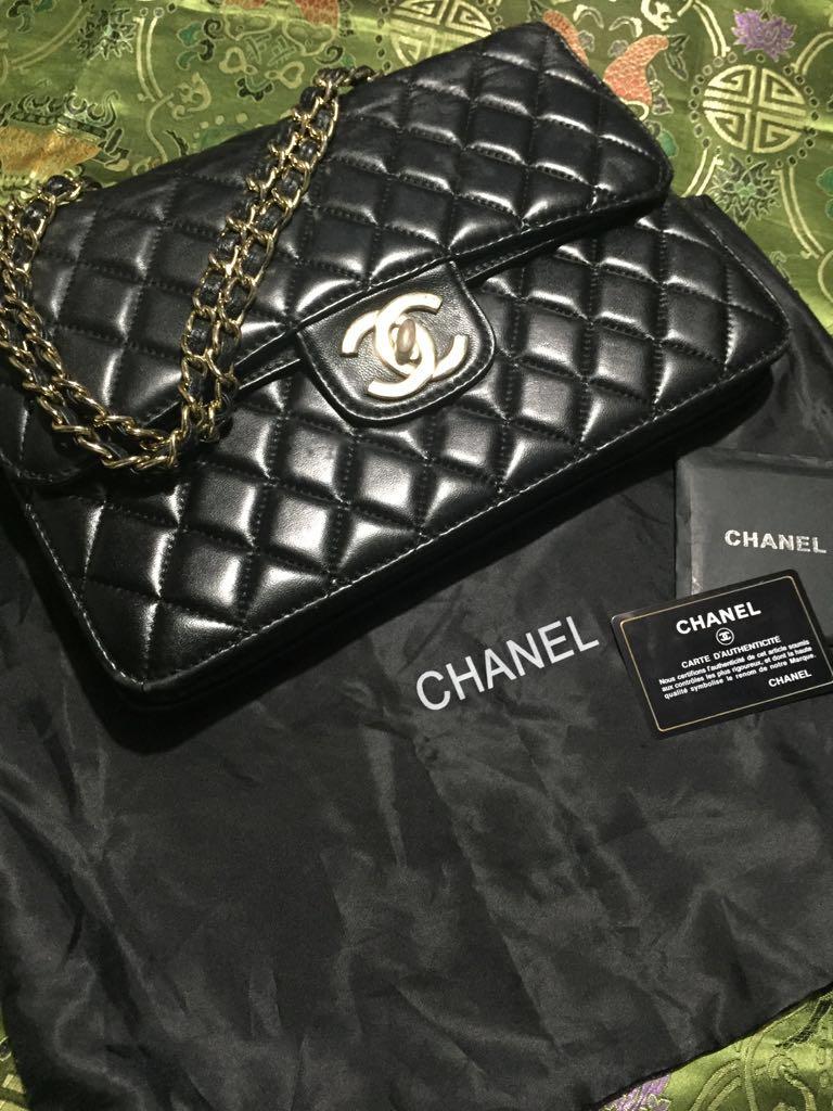 PREMIUM Chanel sling bag 348f478df5