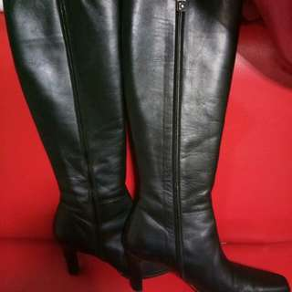 Leather boots preloved from japan