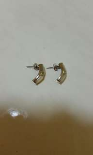 Unique earring