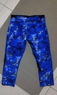 🚚 S) CK 拼接時尚藍色運動瑜伽褲有小口袋在後側 blue leggings