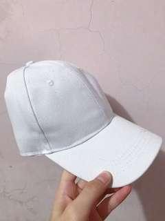 🚚 白色素面鴨舌帽