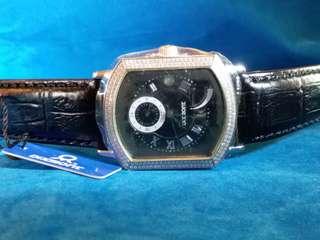 廣州牌~迪仕蒙~ 自動機械腕錶~ 備有儲練功能~ 是同系列中的高價貨~ 全新,有盒,有紙,有吊牌。採用自家機芯, 請參閱下面品牌故事.