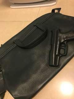 Vileger & vandam gun bag 80% new, dark green color