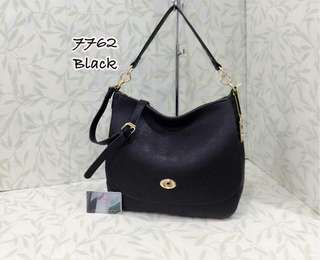 Coach Turnlock Bag Black Color