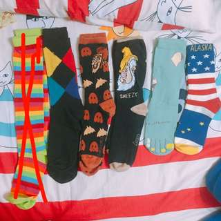 全新の襪子!!(每雙價錢不一樣!)