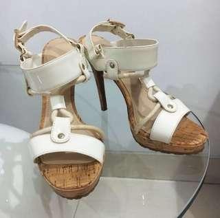 ORI charles n keith white heels