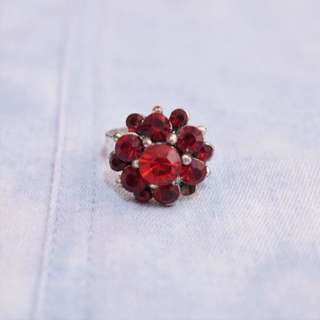 Red Flower Crystals Ring