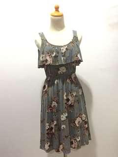 Dress bunga abu